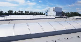 świetliki dachowe - kompleks hal produkcyjno-magazynowych, dla Addit, wykonawstwo CoBouw Polska, Węgrów