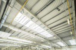 świetliki dachowe - zakład produkcyjno-magazynowy z budynkiem socjalno-biurowym, dla Vito Polska, Międzyrzec Podlaski