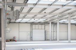 wnętrze obiektu - hala produkcyjna z częścią biurową, dla Protech, woj. śląskie