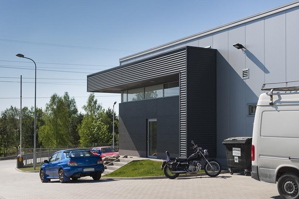 fragment elewacji - hala produkcyjna, firma Van Den Block, Lublew Gdański, woj. pomorskie
