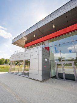 fragment elewacji części biurowej 3 - hala magazynowa z budynkiem biurowym, dla Tech-Met, Kolonia Sokolniki