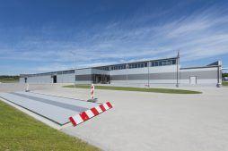 widok ogólny budynku 1 - hala produkcyjna z częścią biurową, dla Leann Stańczyk, Słupsk, woj. pomorskie