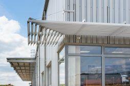 żaluzje przeciwsłoneczne - hala produkcyjna, dla Wiefferink, Wykroty, woj. dolnośląskie