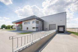 widok ogólny 5 - hala magazynowa z budynkiem biurowym, dla Tech-Met, Kolonia Sokolniki