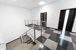 klatka schodowa - hala produkcyjna z częścią biurową, dla Protech, woj. śląskie