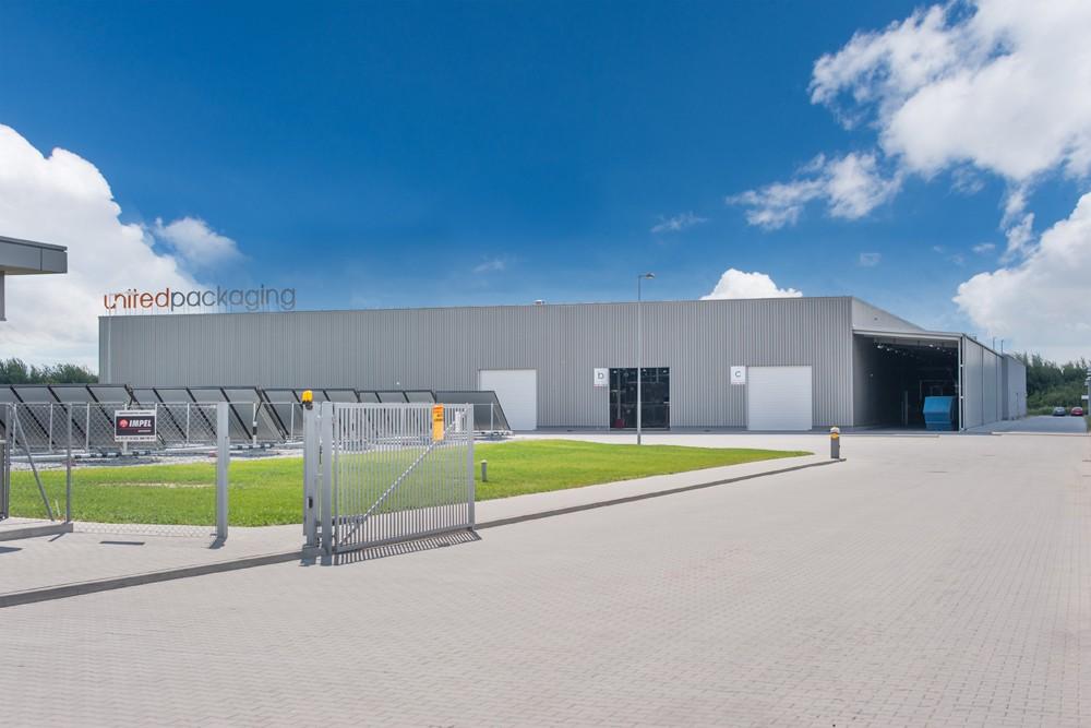 fasada boczna - hala produkcyjna z budynkiem biurowym, dla Uniservice, Skarbimierz, woj. Opolskie