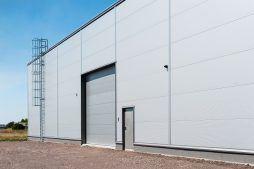 brama segmentowa - hala produkcyjna z częścią biurową, dla Protech, woj. śląskie