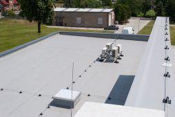 membrana dachowa 5 - hala magazynowa z budynkiem biurowym, dla Tech-Met, Kolonia Sokolniki