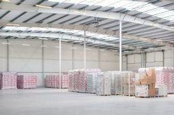 wnętrze hali stalowej 2 - hala produkcyjna z budynkiem biurowym, dla Irmark, Warszawa, woj. mazowieckie