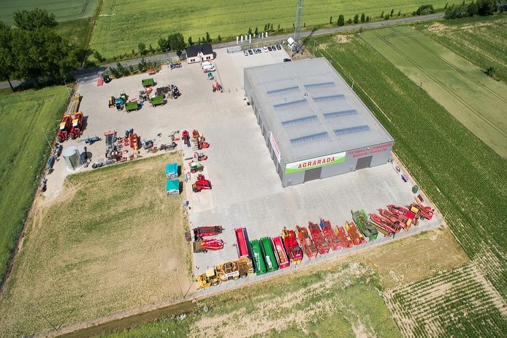zdjęcie z lotu ptaka 2 - hala magazynowa z budynkiem biurowym, dla Agrarada, Domaniów, woj. dolnośląskie