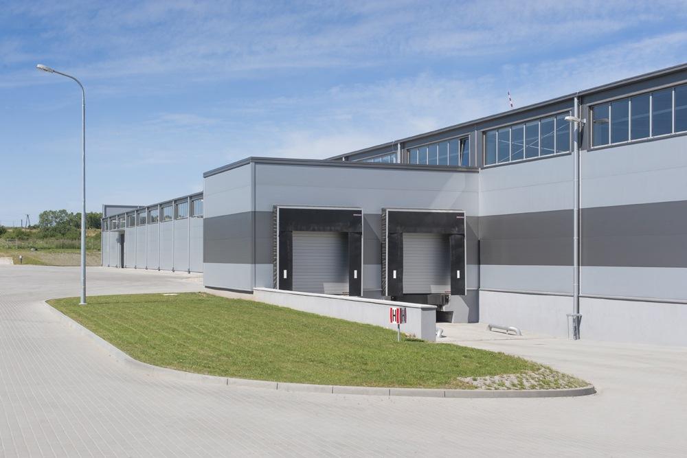rampy załadunkowe - hala produkcyjna z częścią biurową, dla Leann Stańczyk, Słupsk, woj. pomorskie