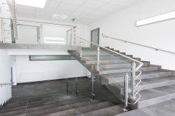 klatka schodowa - hala produkcyjna z budynkiem biurowym, dla Irmark, Warszawa, woj. mazowieckie