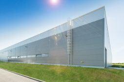 ściana boczna i tylna 1 - sortownia owoców z częścią biurową, dla Europejskie Centrum Owocowe, Rębowola