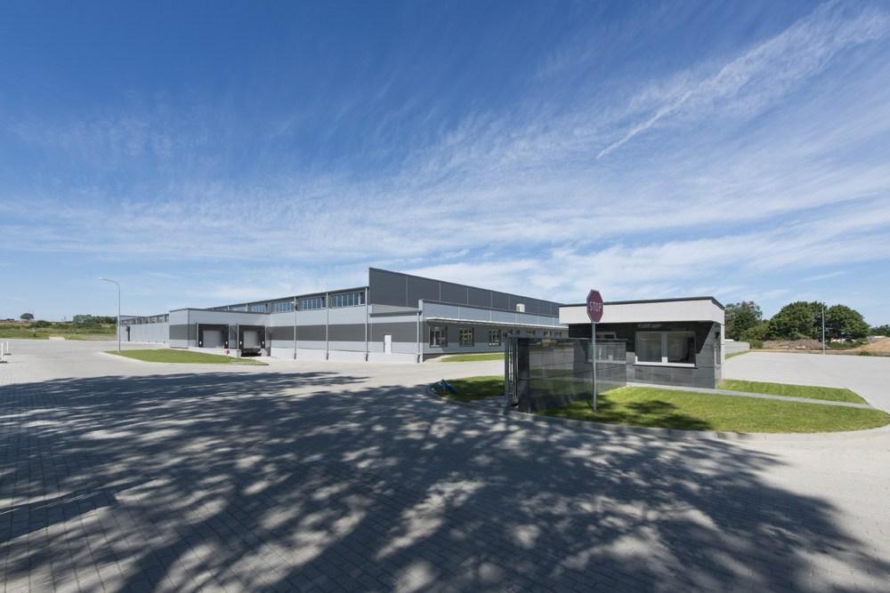 widok ogólny budynku 3 - hala produkcyjna z częścią biurową, dla Leann Stańczyk, Słupsk, woj. pomorskie