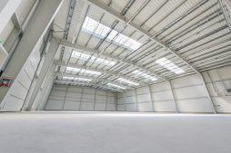 wnętrze hali 2 - hala magazynowa z budynkiem biurowym, dla Tech-Met, Kolonia Sokolniki