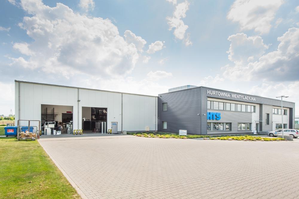 widok ogólny - hala produkcyjna z budynkiem biurowym, dla Irmark, Warszawa, woj. mazowieckie
