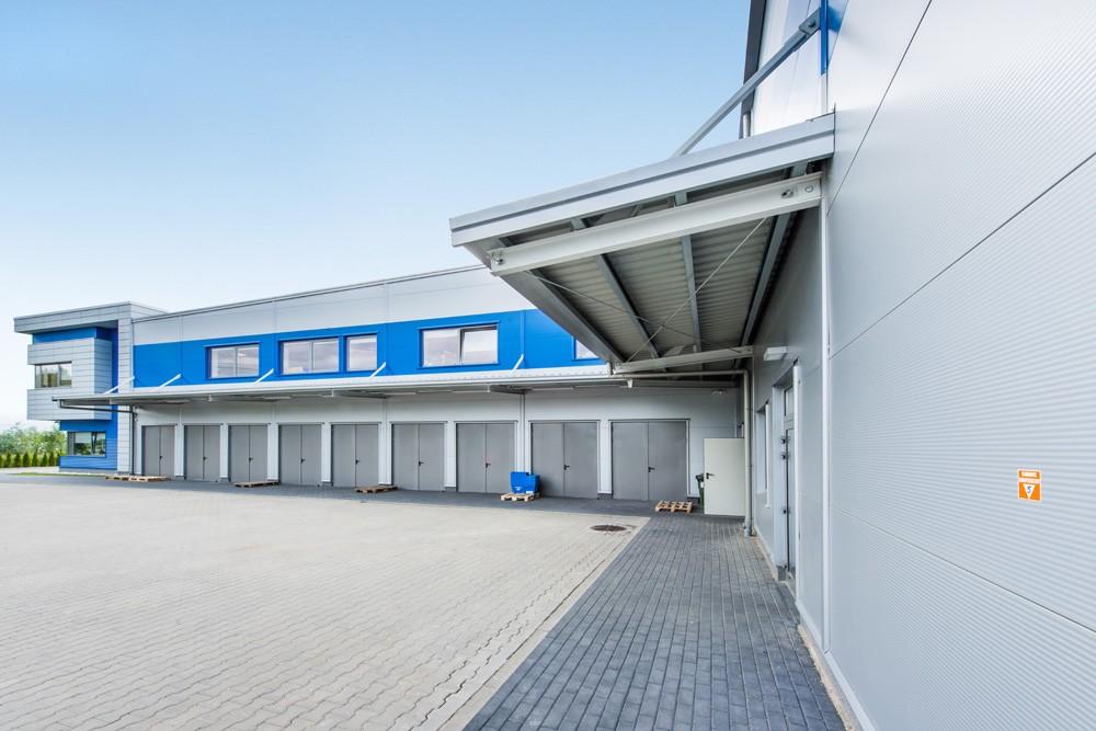 elewacja z dostępem technicznym - hala magazynowa z budynkiem biurowym, dla Hurtap SA, Głogów
