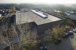 widok z lotu ptaka - hala produkcyjna z częścią socjalną, dla Marva International, Poznań, woj. wielkopolskie