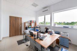 pomieszczenie biurowe - hala produkcyjna z częścią biurową, dla Styropmin, Łochów, woj. mazowieckie