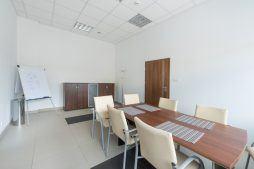 sala konferencyjna - hala produkcyjna z częścią biurową, dla Styropmin, Łochów, woj. mazowieckie