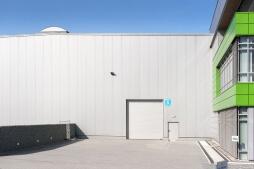brama - hala magazynowa z budynkiem biurowym, dla Sun Garden Poland, Malanów