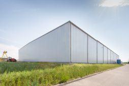 budynek produkcyjny - hala produkcyjna z częścią biurową, dla Pritip, Puławy, woj. lubelskie