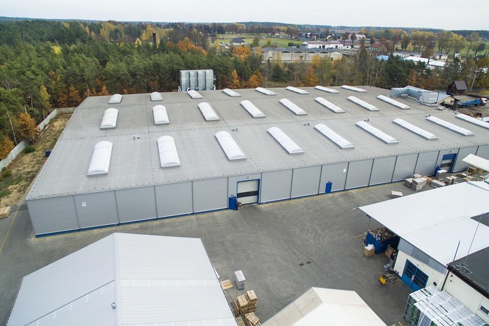 zdjęcie z góry - hala produkcyjna, dla firmy Meblomaster, Węgrów, woj. mazowieckie