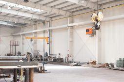 wnętrze hali stalowej 1 - hala produkcyjna z częścią biurową, dla Pritip, Puławy, woj. lubelskie