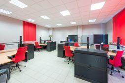 pomieszczenie biurowe - hala produkcyjna z częścią biurową, dla Pritip, Puławy, woj. lubelskie