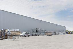 przechowywanie towaru - hala produkcyjna z budynkiem biurowym, dla Adams, Mrągowo, woj. warmińsko-mazurskie
