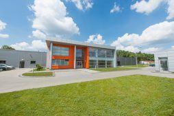 widok ogólny 4 - hala produkcyjno-magazynowa z budynkiem biurowym, dla Viva Plus, Bytom, woj. śląskie