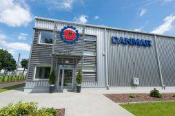 fragment elewacji frontowej 1 - hala produkcyjna z częścią socjalno-biurową, dla Danmar, Łódź
