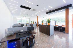pomieszczenie biurowe 1 - hala produkcyjno-magazynowa z budynkiem biurowym, dla Polamp, Bieniewiec, woj. mazowieckie