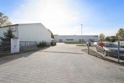 wjazd na teren inwestycji - hala produkcyjna, dla Rotox, Pokój, woj. opolskie