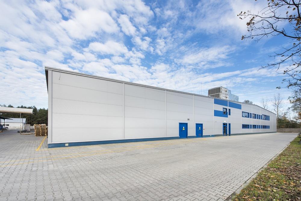 elewacja frontowa - hala produkcyjna, dla firmy Meblomaster, Węgrów, woj. mazowieckie