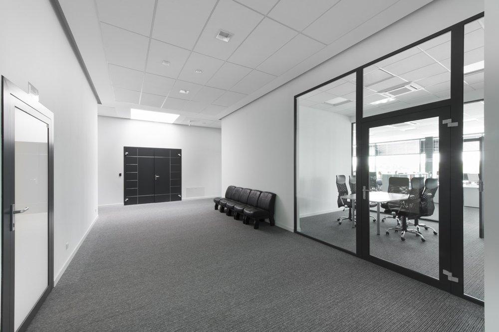 wnętrze budynku biurowego - hala produkcyjna z budynkiem biurowym, dla Adams, Mrągowo