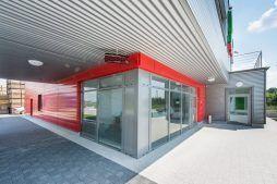 zbliżenie na wejście główne 1 - sortownia i przechowalnia owoców z częścią biurową, dla Gaik, Witalówka