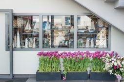 elementy dekoracyjne - hala handlowa, dla Koopman International, Komorniki, woj. wielkopolskie