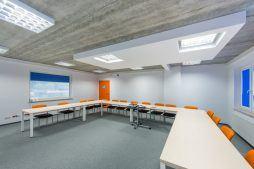 konferencja 1 - hala produkcyjna z częścią biurową, dla Markos, Słupsk, woj. pomorskie