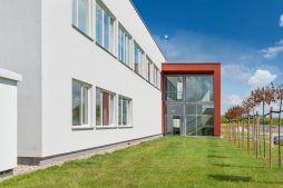 hol wejściowy - hala produkcyjna z budynkiem biurowym, dla Uniservice, Skarbimierz, woj. Opolskie