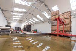 wnętrze hali - sortownia i przechowalnia owoców z częścią biurową, dla Gaik, Witalówka