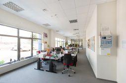 pomieszczenie biurowe - hala handlowa, dla Koopman International, Komorniki, woj. wielkopolskie
