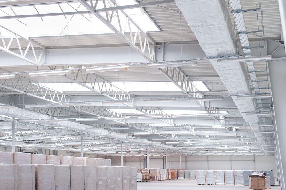 płatwie kratowe 6 - hala produkcyjna z budynkiem biurowym, dla Meblomaster, Węgrów, woj. mazowieckie