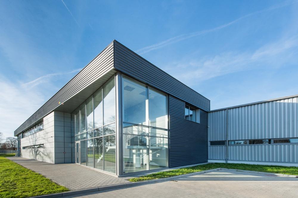 widok ogólny 2 - hala produkcyjno-magazynowa z budynkiem biurowym, dla Duomat, Choszczno, woj. zachodniopomorskie