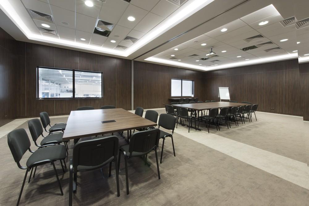 sala konferencyjna - hala produkcyjna z budynkiem biurowym, dla Adams, Mrągowo, woj. warmińsko-mazurskie