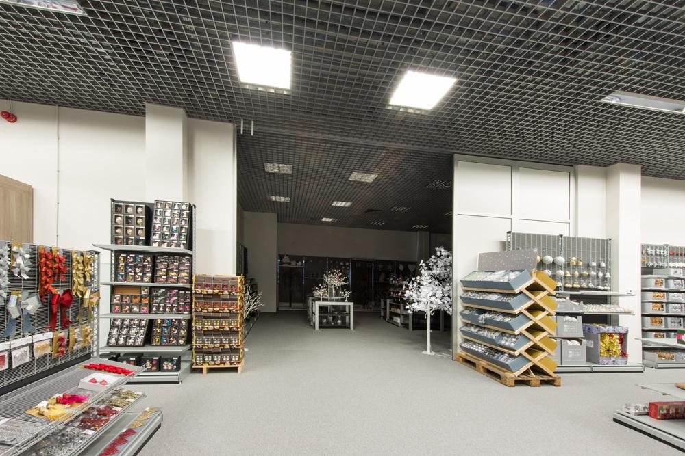 pomieszczenie handlowe 13 - hala handlowa, dla Koopman International, Komorniki, woj. wielkopolskie