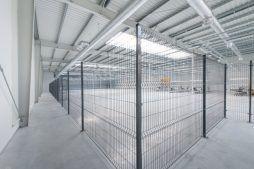 wnętrze hali 1 - hala produkcyjno-magazynowa z budynkiem biurowym, dla Duomat, Choszczno, woj. zachodniopomorskie