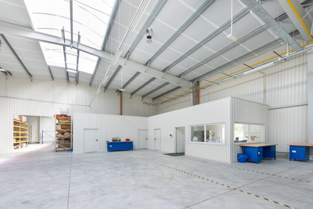 wnętrze 2 - hala produkcyjna z częścią socjalno-biurową, dla Danmar, Łódź, woj. łódzkie