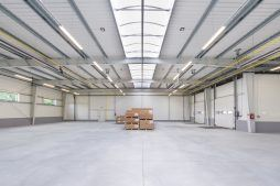 konstrukcja stalowa widziana od wewnątrz 5 - hala magazynowa, dla Arma Bauteile, Lubliniec