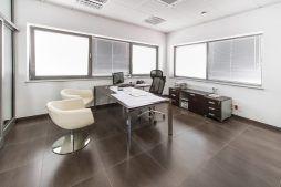 pomieszczenie biurowe - sortownia i przechowalnia owoców z częścią biurową, dla Gaik, Witalówka